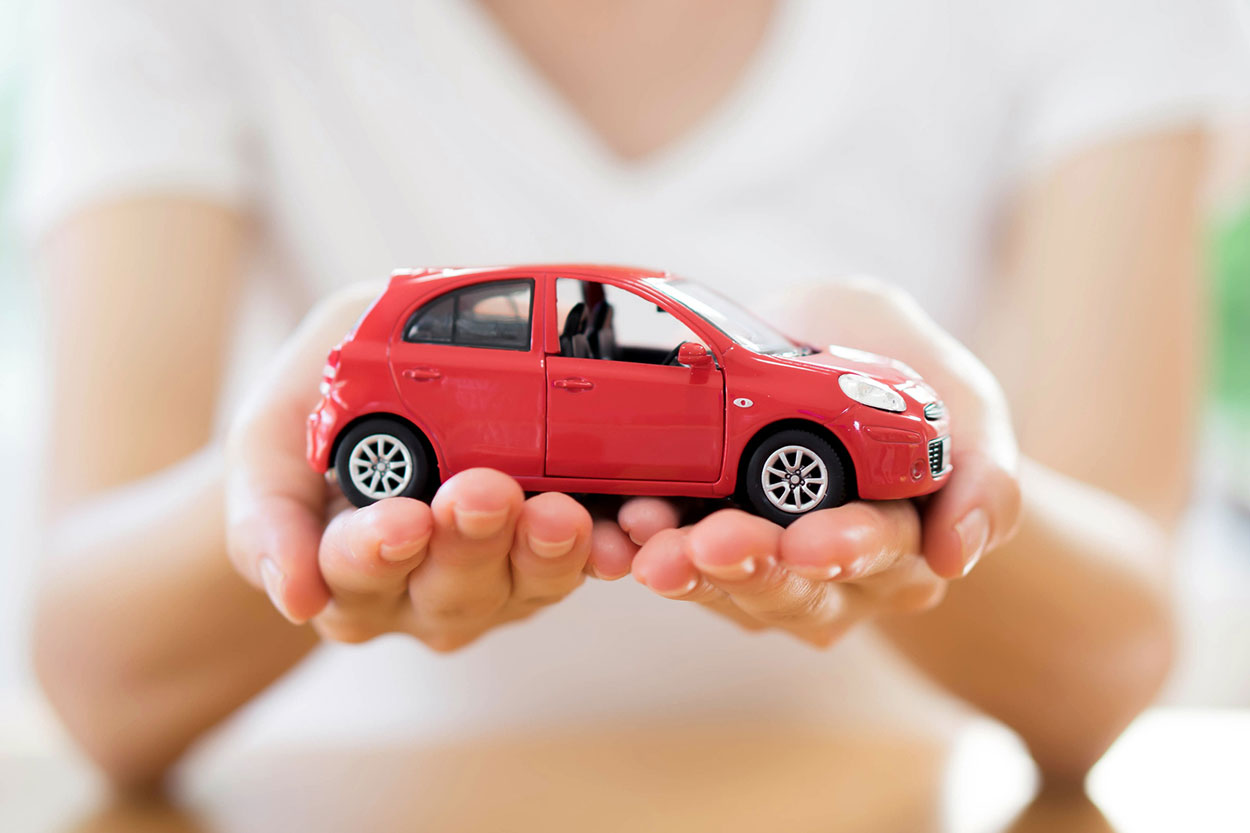 Car Insurance Broker vs Agent: What's the Difference?