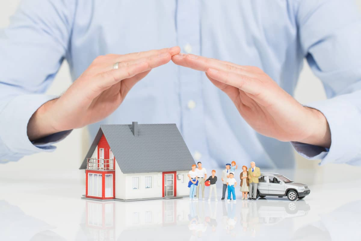 Average Car Insurance >> Why Should I Use a Life Insurance Broker?